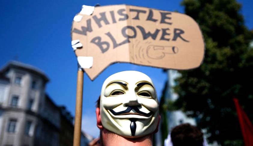 The President gives assent to the Whistleblowers' Protection Act,2014