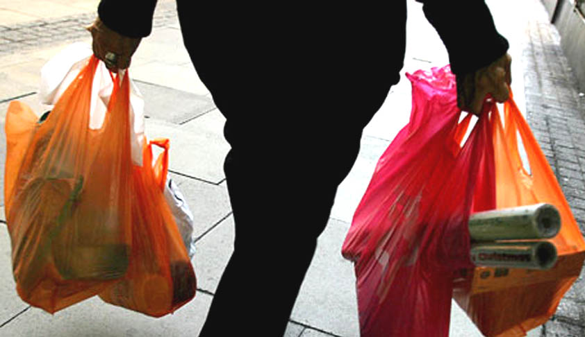 SC directs Union and States to consider prohibition of use, sale and disposal of Plastic bags [Read Judgment]