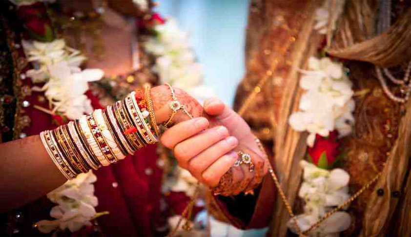 Restriction For Remarriage Under Hindu Marriage Act Primarily Applicable For Parties Contesting The Decree Of Divorce: SC [Read Judgment]