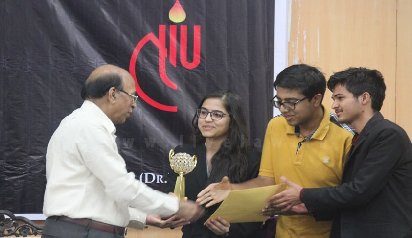Dr.Ram Manohar Lohiya National Law University wins the 6th NLIU-Juris Corp Moot Court Competition