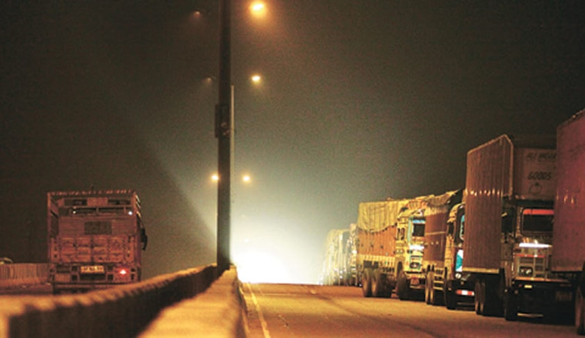 Pollution Tax on Trucks: Salve, Dave question NGT's Jurisdiction; SC summons order copy