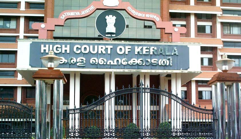 Police Authorities are obliged to give the Copy of FIR under RTI Application; Kerala HC [Read Judgment]