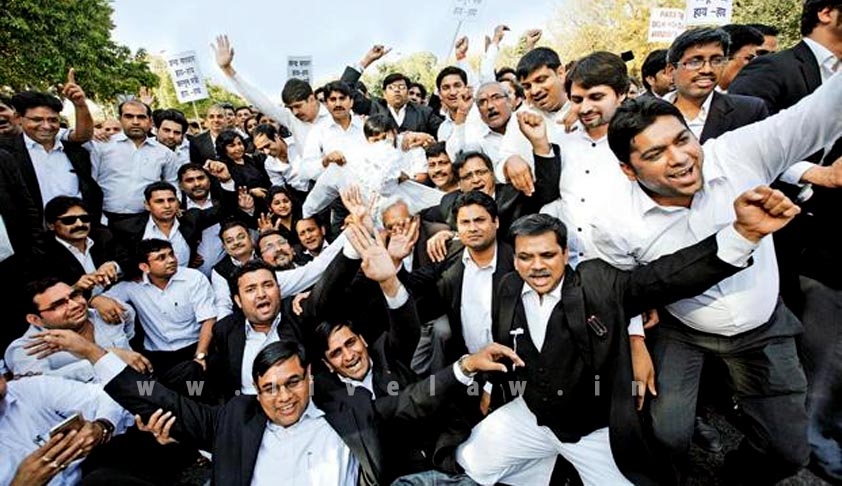 Lawyers Strike And Suspension Of Court Work Illegal: Reiterates SC [Read Judgment]