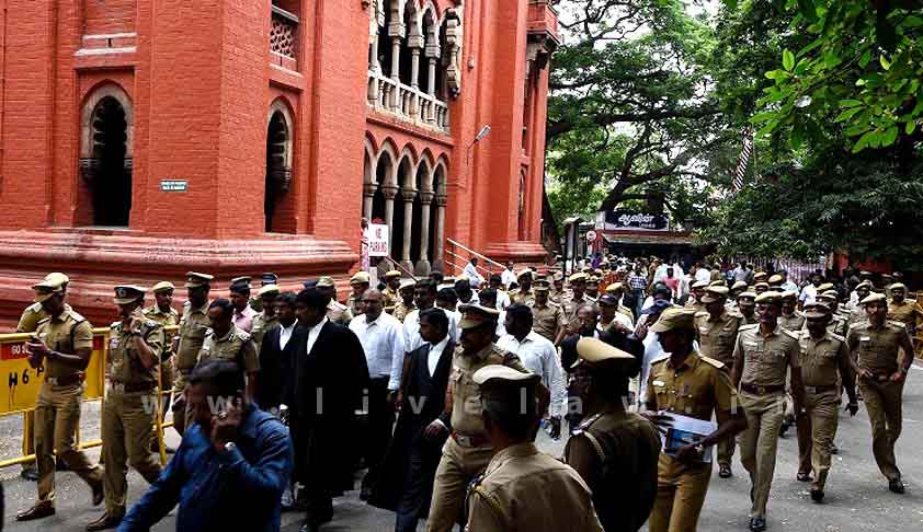 Madras HC asks TN Govt. whether it could fund installing CCTV cameras in all District Courts in the state [Read Order]