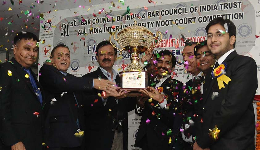 Institute of law, Nirma University wins the 31st All India Inter-University Moot Court Competition