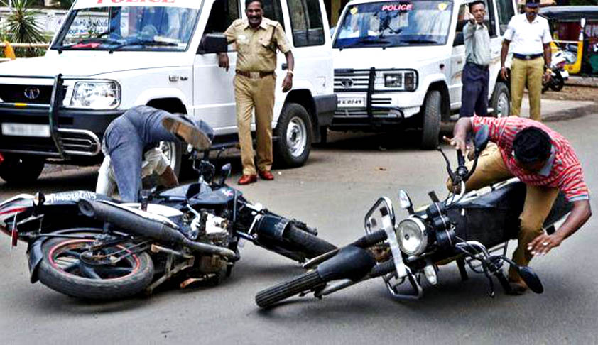 Non wearing of helmet at the time of accident does not amount to 'contributory negligence': Kerala HC [Read Judgment]