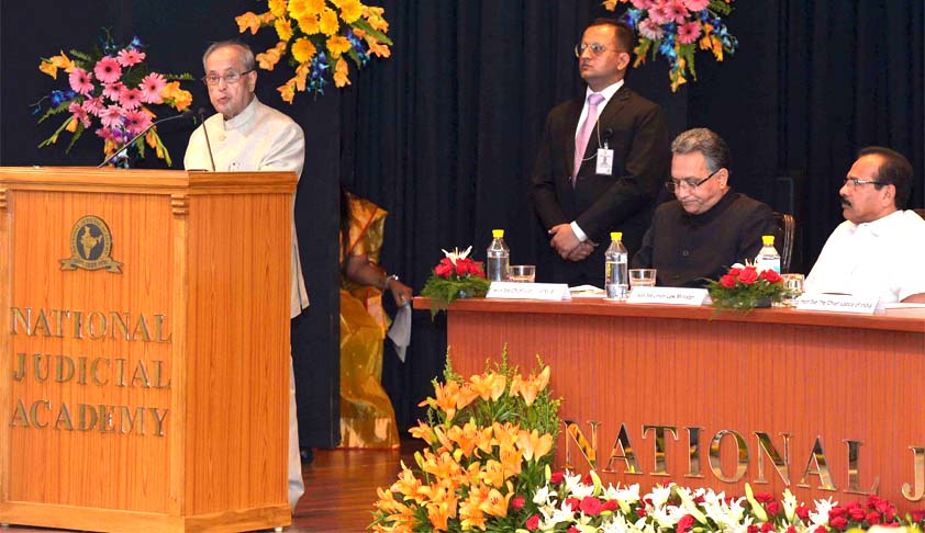 Judicial Activism should not lead to the dilution of Separation of Powers ; President Pranab Mukherjee at Judges Retreat [Full Speech]