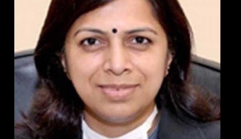 Senior Civil Judge Rachna Tiwari, Accused In Bribery Case, Gets Bail [Read Order]