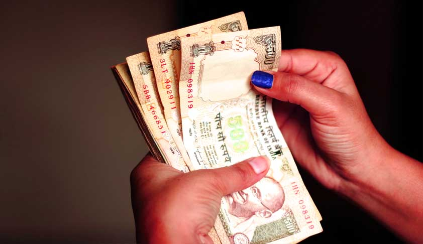 SC Notice On Siblings' Plea For Exchange Rs 60 Lakh Worth Old Notes Found In Dead Parents' Bank Locker (Read Petition)