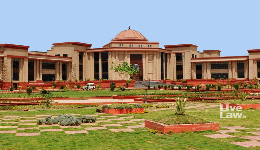 No Student Can Be Failed Upto Class VIII For 'Any Reason Whatsoever It May':  Chhattisgarh HC [Read Order]