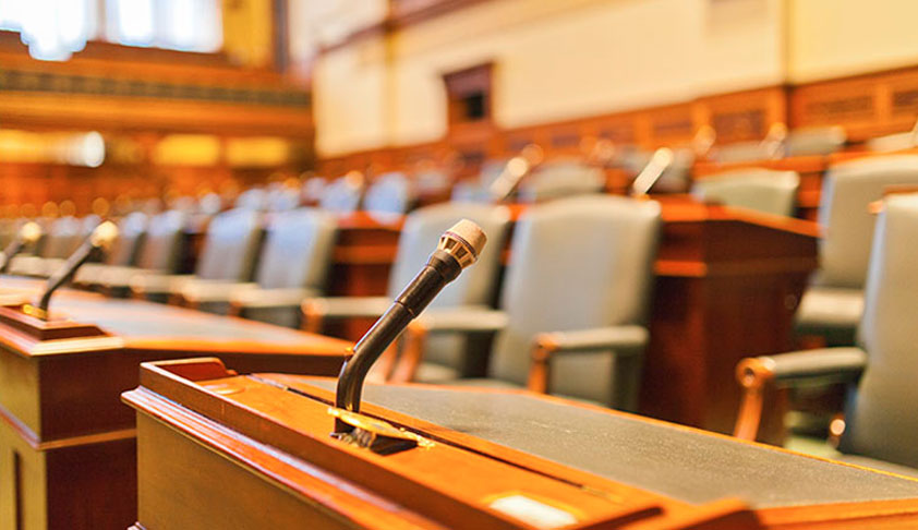 Mic-System In SC Courtrooms Be Mandatorily Used For Sake Of Lawyers, Litigants, Media And Public: Law student, Young Advocates Pray Before SC [Read Petition]