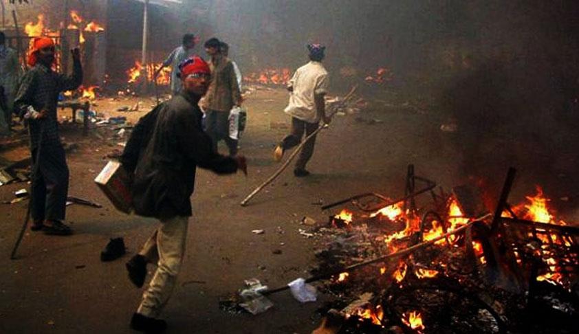 SC Sets Aside HC Order Asking Gujarat Govt To Compensate And Fund Rebuilding Of Shrines Damaged During 2002 Gujarat Riots [Read Judgment]