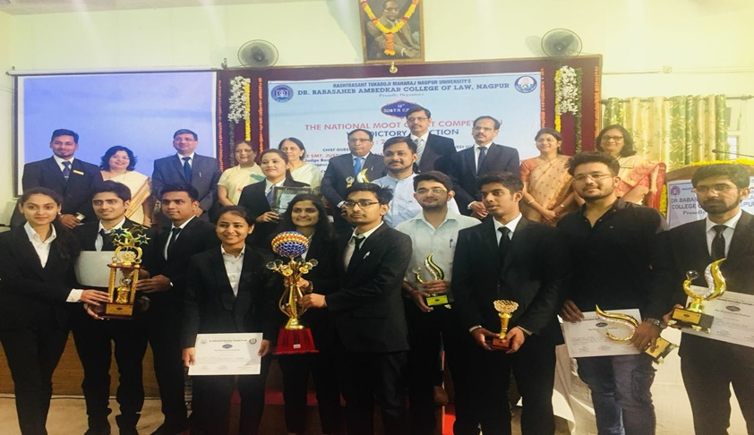 ILNU Team Wins 16th Justa Causa National Law Moot Court Competition Festival 2018