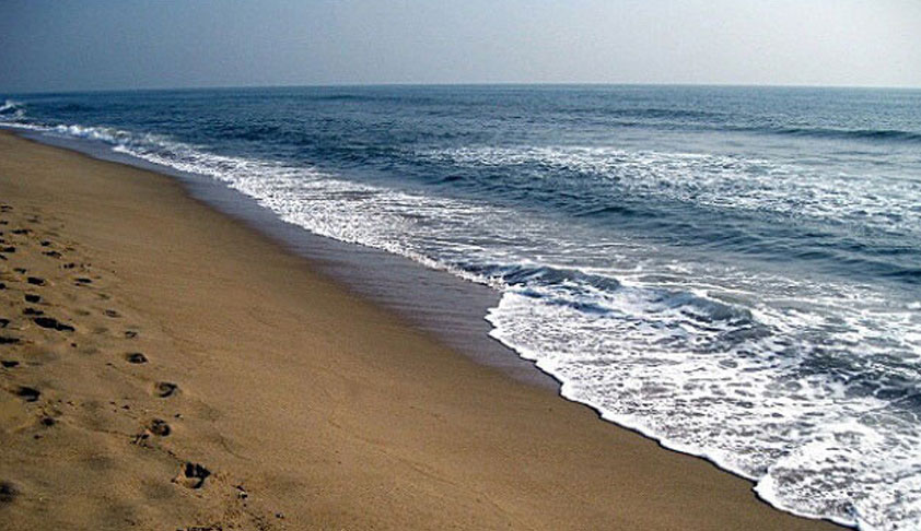 'Even British Govt Didn't Ban Demonstrations At Marina Beach': Madras HC Allows Peaceful Fast Meeting At Marina Beach [Read Order]