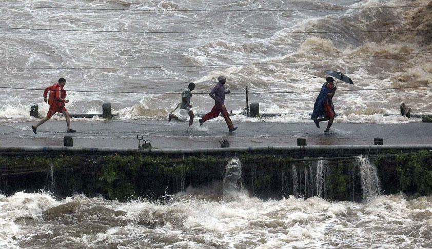 Punjab & Haryana HC Orders Litigants To Pay Costs To Kerala Flood Relief Fund; Lakhs To Pour In