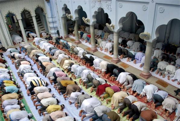 SC Dismisses Fresh Plea To Declare Mosque As An Integral Part Of Namaz Of Muslim Community