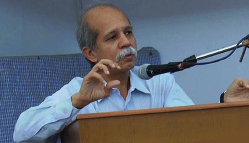 Gujarat HC Advocates Call For Strike To Protest SC Collegium