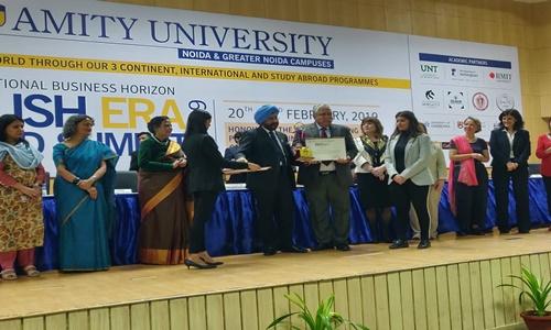 Profs. Paramjit S Jaswal & Nishtha Jaswal Receive Amity Academic Excellence Award 2019