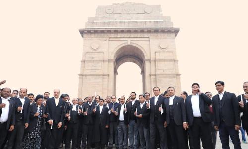 Delhi HC Asks Centre, Govt To Respond To Plea For Advocates