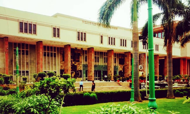 Relationship Between Client & Foreign Law Firm Is Commercial In Nature For The Purpose Of Sections 44 & 45 Of Arbitration Act  : Delhi HC [Read Order]