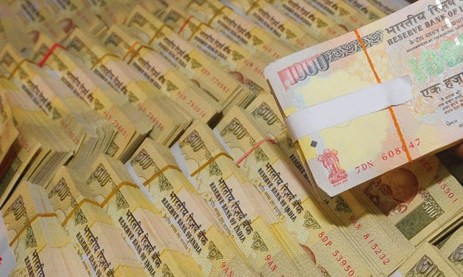 SC Issues Notice On Plea To Allow Deposit Of Demonitised Currency Worth Rs 1.17 Crores