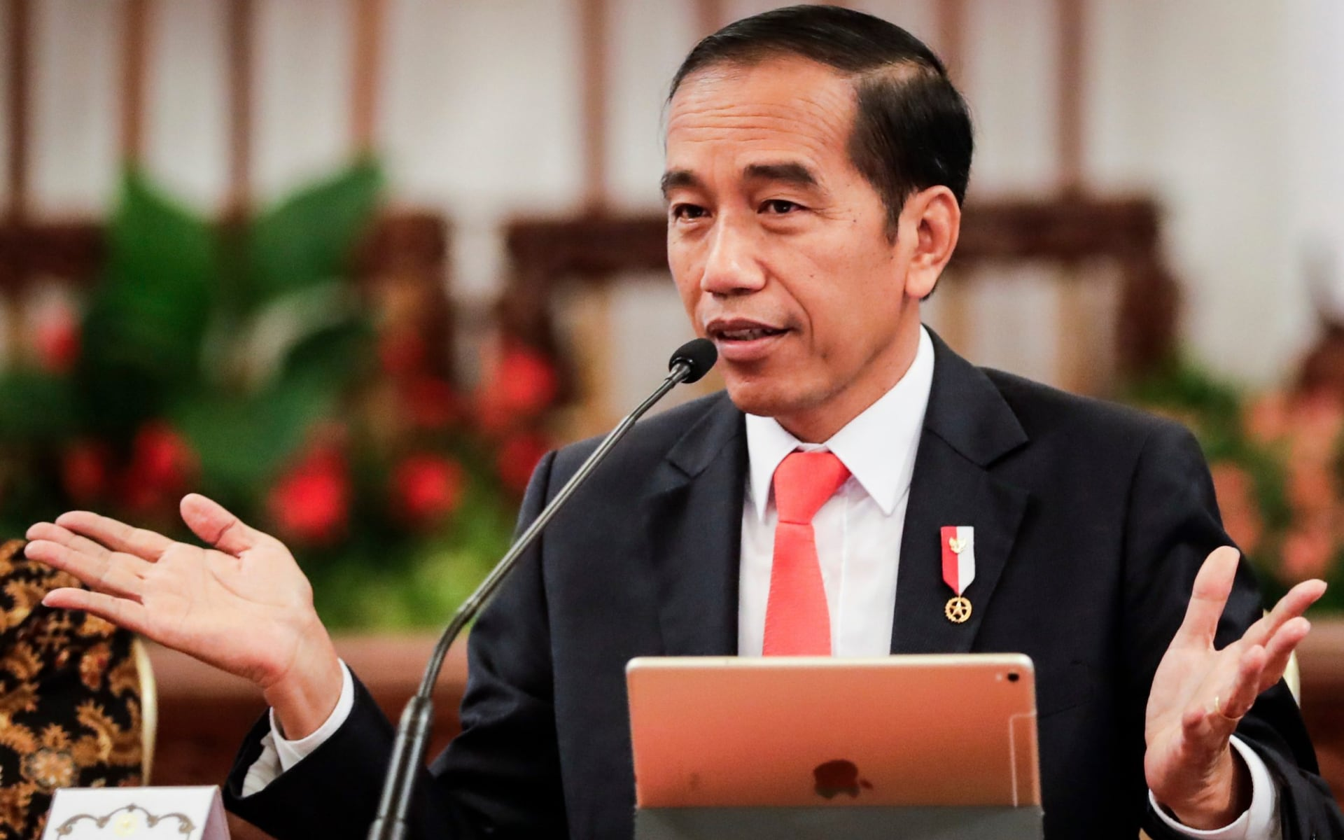 Indonesian President Defers Voting On Bill Which Criminalizes Sex Outside Marriage, Abortion, Gambling, etc