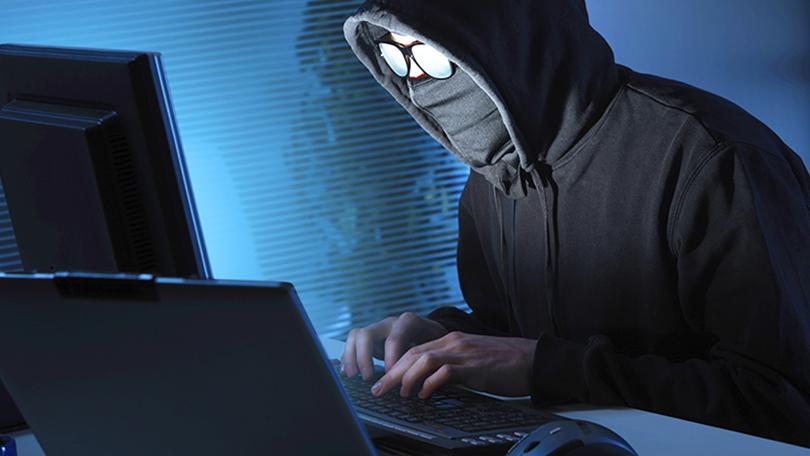 Unmasking Of Online Anonymity : Need To Strike Balance