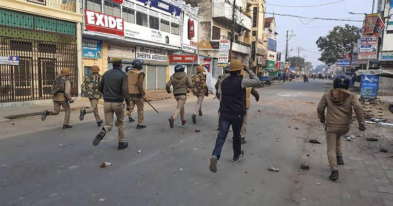 Allegations Of Police Atrocities Against Anti-CAA Protestors: Allahabad HC Asks UP Govt. To Submit Report