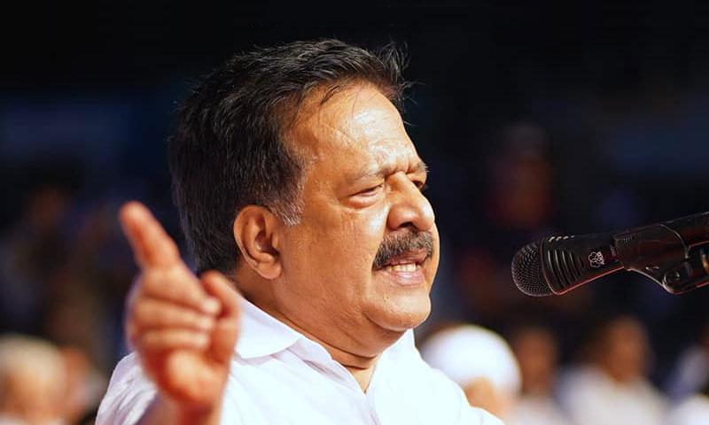 Kerala Opposition Leader Ramesh Chennithala Moves HC Against Sprinklr Deal [Read Petition]