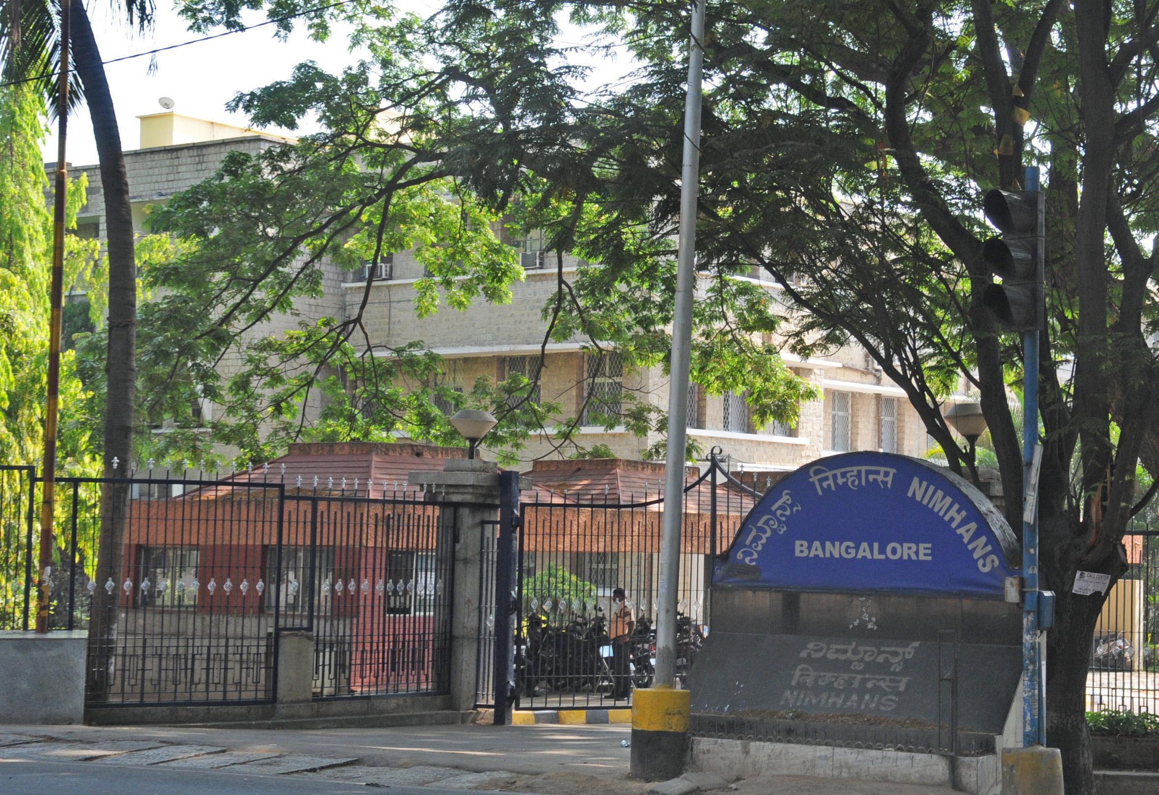 21,000 Migrant Workers Counselled During Lockdown: NIMHANS Tells Karnataka HC [Read Order]