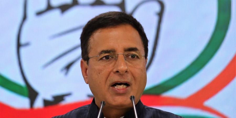 Nationwide Plan Needed For Stranded Migrants : Congress Spokesperson Surjewala Seeks To Intervene In SCs Suo Moto Case