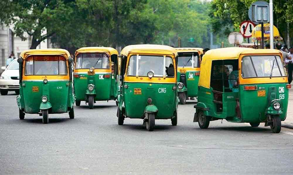 Financial Assistance Scheme For Rickshaw Drivers: Delhi HC Directs Delhi Govt To Transfer The Benefits to All The Eligible Beneficiaries Within 10 Days [Read Order]