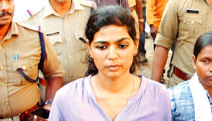 Nudity Per Se Not Obscenity: Rehana Fathima, Booked For Video Showing Her Children Painting On Her Semi-Nude Body, Moves SC For Bail