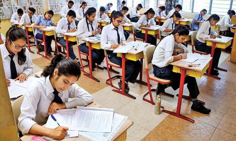 Forced To Prescribe NCERT & CISCE Approved Textbooks: Punjab And Haryana High Court Issues Notice On CBSE Affiliated Schools Petition