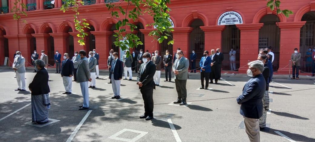 Lost 218 Advocates, 5 HC Staff & 34 Trial Court Staff To COVID : Karnataka HC Chief Justice