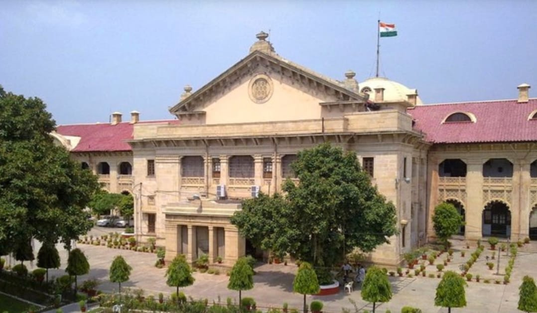Justice Saral Srivastava, Allahabad High Court, Separate Panel of advocate, Director General, Basic education, Uttar Pradesh Government, Education department, Suspension stayed,