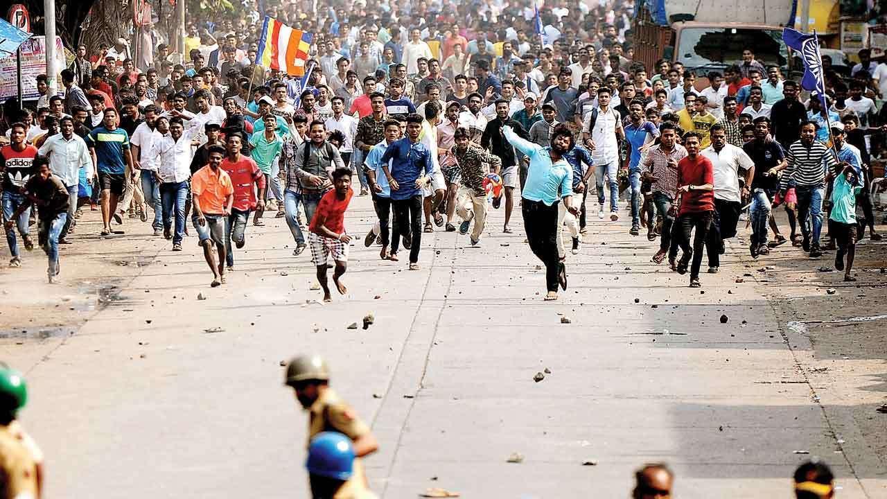 Witness Before Probe Panel Accuses Sambhaji Bhide & Milind Ekbote Of Instigating Bhima Koregaon Riots